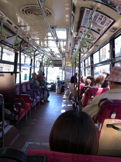京都市営バス内