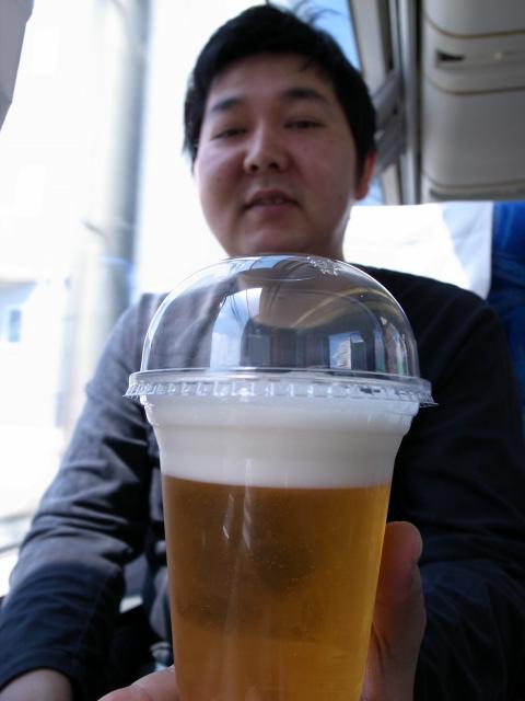 車内販売の生ビール