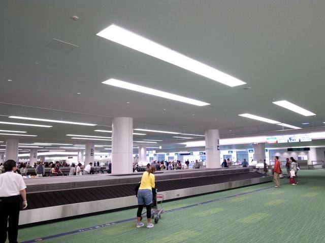 羽田空港国際線旅客ターミナル 到着ロビー