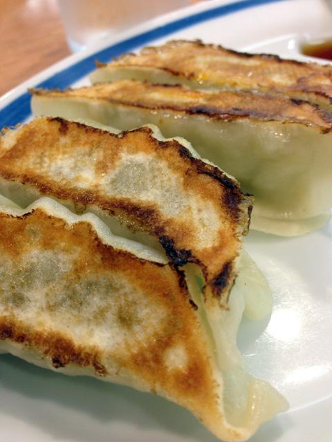 東秀の焼き餃子